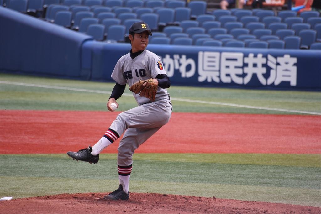 慶応先発高橋の投球フォーム_1