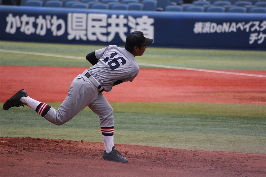 慶応先発高橋の投球フォーム_9