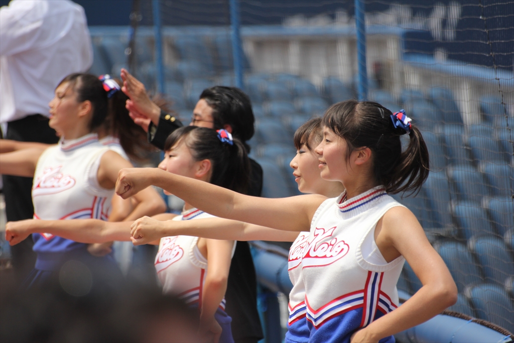 慶應義塾のチアガールたち_6