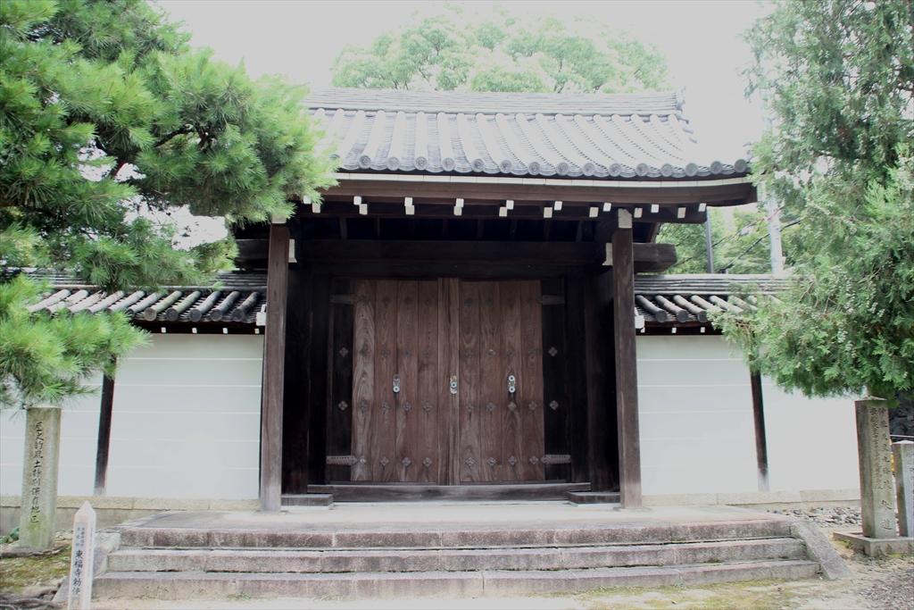 東福寺勅使門