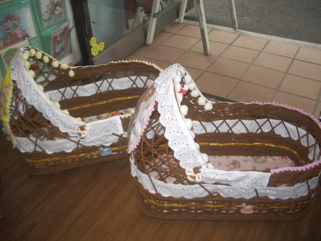 doll bed 005