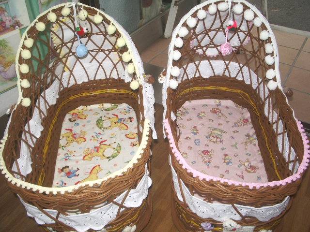 doll bed 004