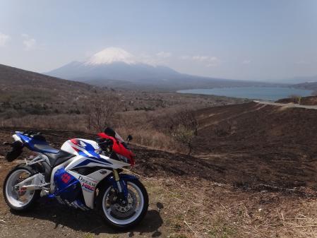 CBRと富士山と山中湖