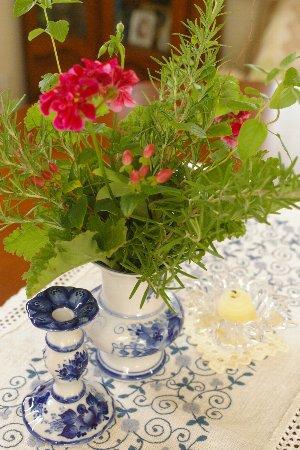 な夏のテーブルのお花