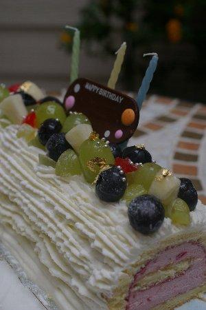 お誕生日ケーキ浦野さん