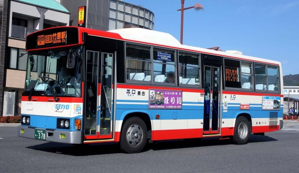 福山230あ・378