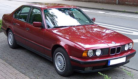 460px-BMW_Series_5_Old_Model_red_vr.jpg