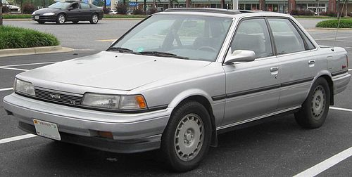 500px-2nd_Toyota_Camry_.jpg