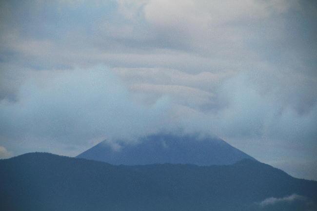 24日 5-21 今朝の富士山