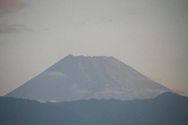 26日 5-21 今朝の富士山