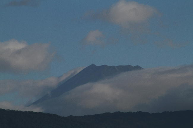 27日 6-47 今朝の富士山