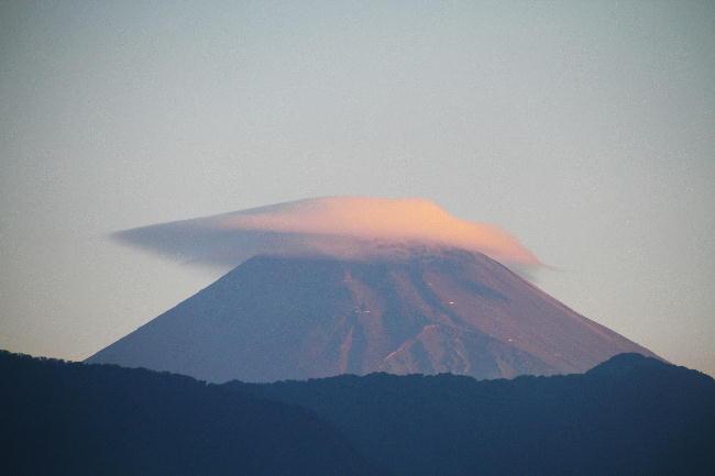 10日 5-36 今朝の富士山