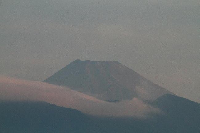 12日 5-39 今朝の富士山1