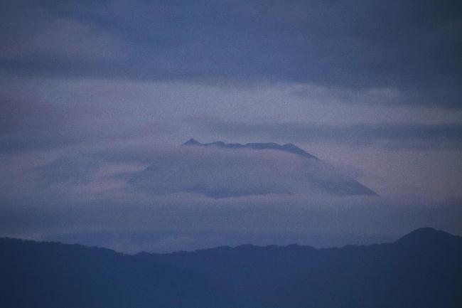 14日 5-11 今朝の富士山