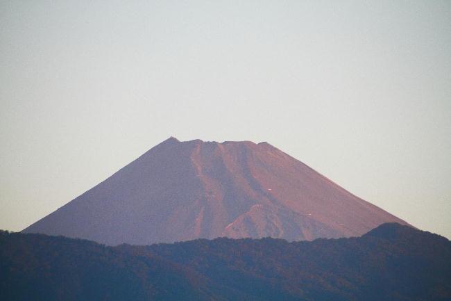 18日 5-32 今朝の富士山1