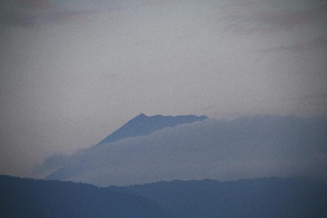 23日 5-48 今朝の富士山