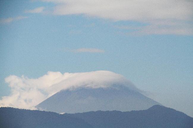 23日 15-07 今日の富士山