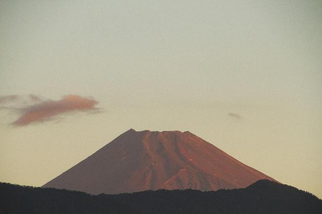 27日 5-43 今朝の富士山