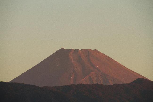 28日 5-43 今朝の富士山