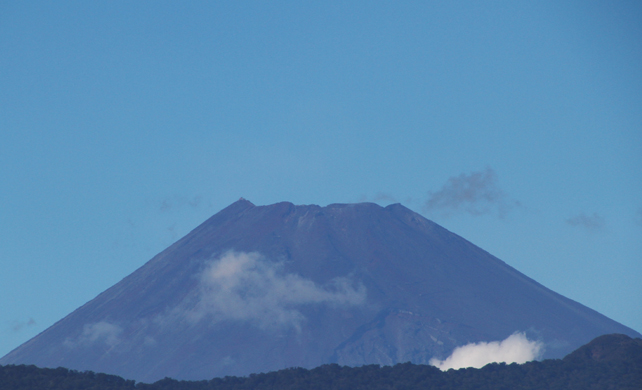 6日 14-07 今日の富士山-2