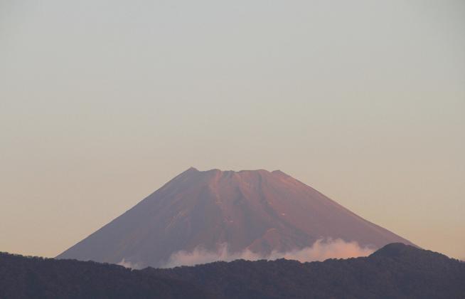 14日 6ー05 今朝の富士山-2