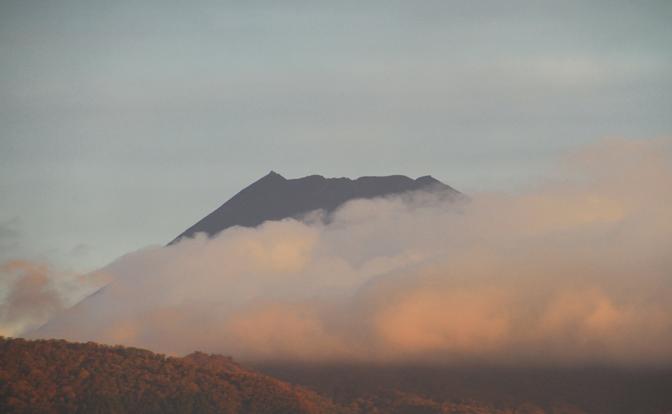 18日 6ー08 今朝の富士山