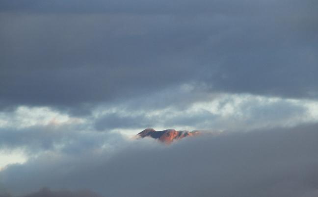 22日 6ー08 今朝の富士山-1