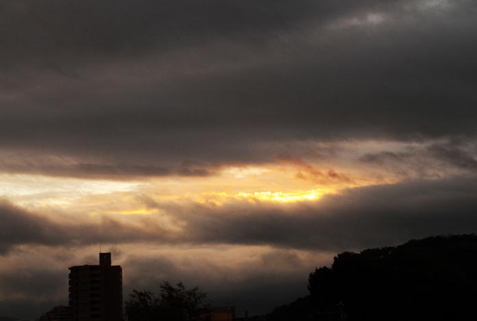 25日 6ー04 東の空