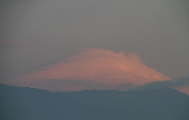 18日 6ー38 今朝の富士山-1