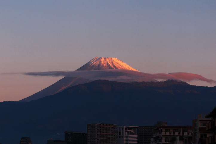 25日 6-14 今朝の富士山-3