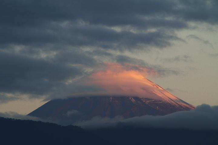 26日 6-11 今朝の富士山-2