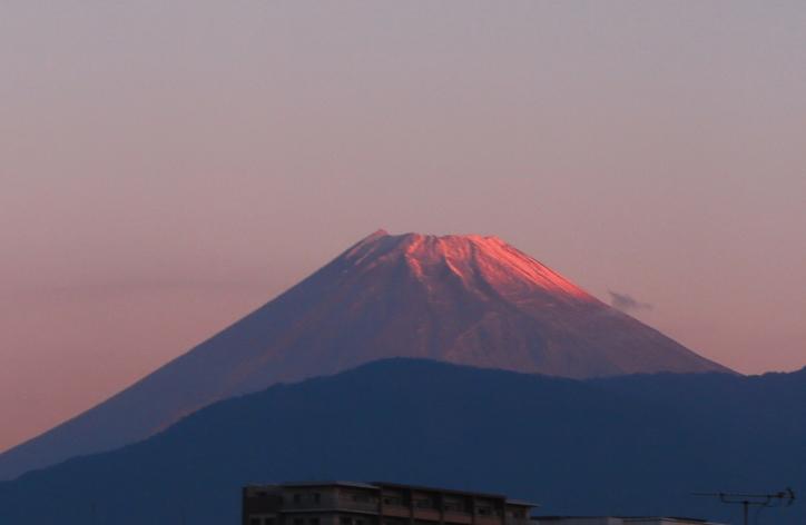 29日 6-07 今朝の富士山-1