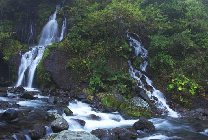 吐龍の滝-444-1