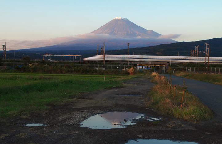 富士山と新幹線-518-2