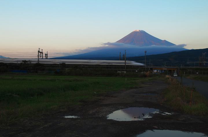 富士山と新幹線-520-2