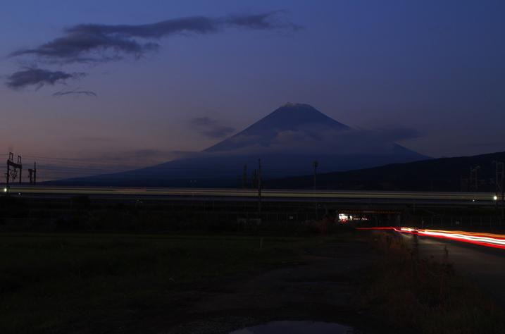 富士山と新幹線-543-5