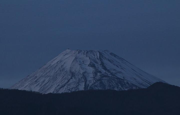 21日 17-00 夕方の富士山-1