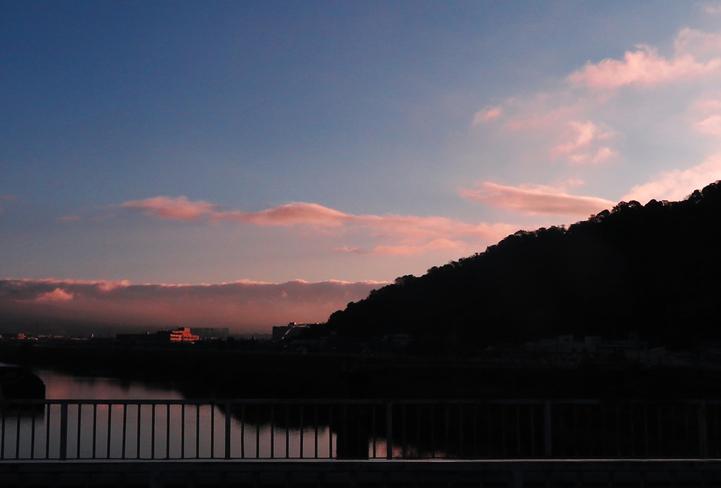 11月27 7-13 狩野川の橋から-2