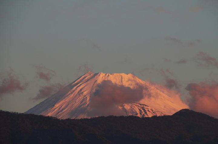 12月2 6-37 今朝の富士山-1