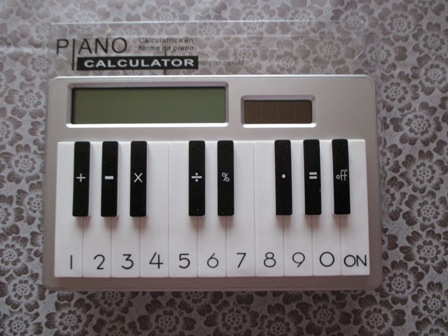 ピアノ型電卓