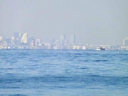 海に浮かぶ街横浜
