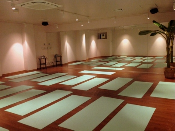 yoga studio (350x262)