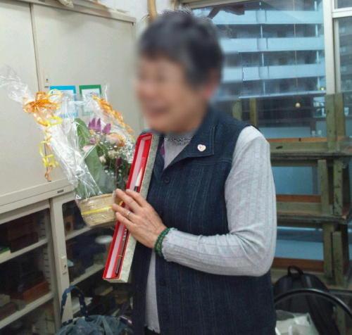 名前入りの筆とお花のプレゼント