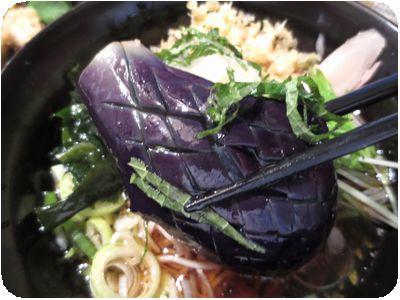 オススメ蕎麦(冷やし揚げ茄子そば)
