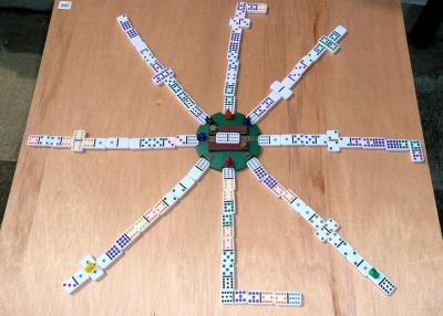 ドミノ・メキシカントレーンゲーム1