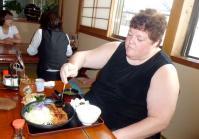 食事13年6月5日Szトンカツを食