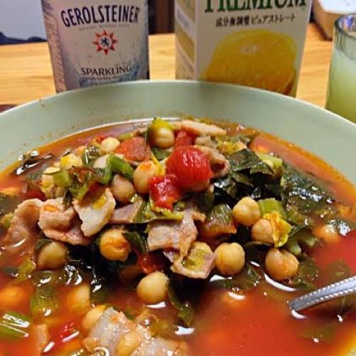 1ひよこ豆とベーコンのトマトスープ