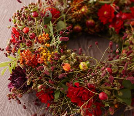 kranz-herbstblumen.jpg