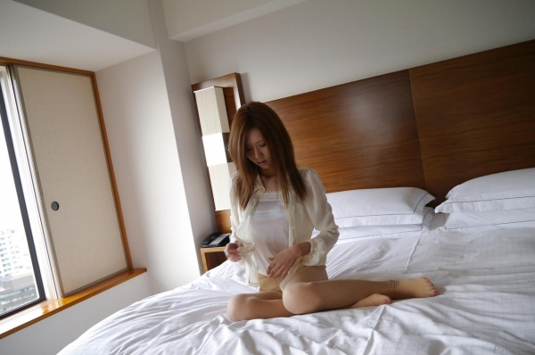 AV女優 愛沢有紗 セックス画像 ハメ撮り画像 無修正 エロ画像028a.jpg
