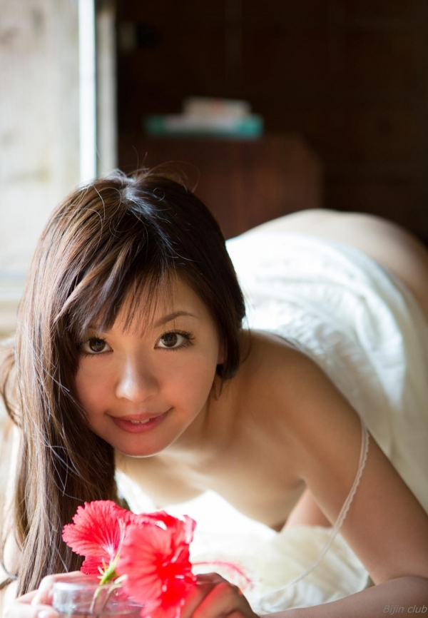 AV女優 葉山めい まんこ  無修正 ヌード クリトリス 処女 エロ画像085a.jpg